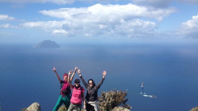 Trekking alle isole Eolie: 7 isole in 8 giorni